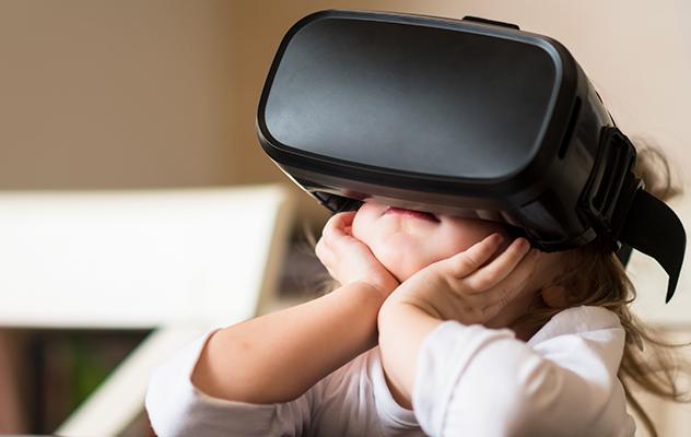 Consejos sobre el uso de las gafas de Realidad Virtual en la infancia y la adolescencia